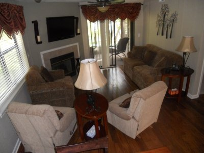 Beautiful hardwood floors - Serene by the Stream*AMENITIES* Lakeview - Branson - rentals