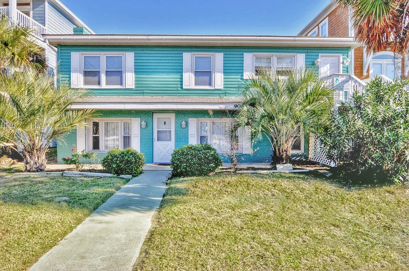 Sunkissed - 5 Bedroom Oceanfront House - Image 1 - Carolina Beach - rentals