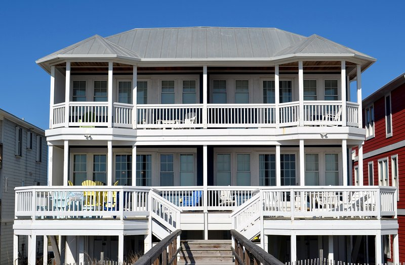 Coastal Dream-  Gorgeous 5 Bedroom Oceanfront - Image 1 - Kure Beach - rentals