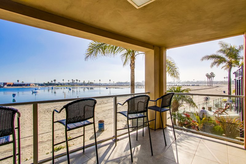 2 BEACH FRONT Townhomes 6br+6ba!!! - Image 1 - Pacific Beach - rentals