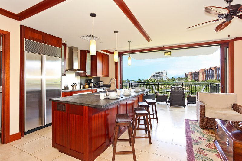Your Large, Open Kitchen with a View of the Resort - Beach Villas BT-506 - Kapolei - rentals