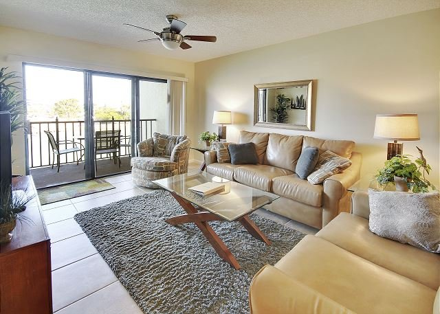 Living Area - Land's End #304 building 4 - Bay Front - Treasure Island - rentals