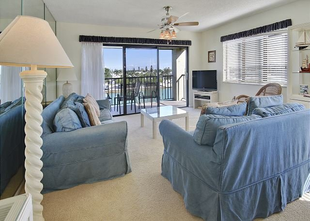 Living Area - Land's End #406 building 4 - Bay Front - Treasure Island - rentals