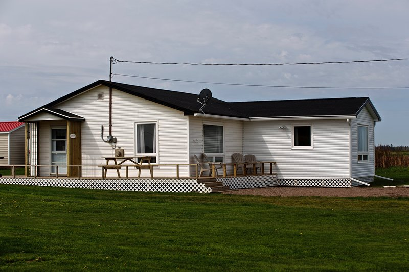 Northern Knights Sea View Cottage - Image 1 - Sea View - rentals