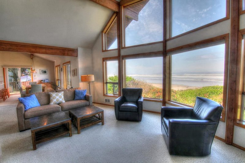 Ocean Front Home on a Sandy Beach! FREE NIGHT! - Image 1 - Yachats - rentals