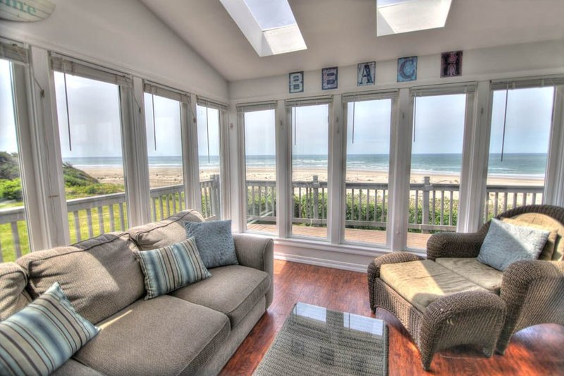 Oceanfront Home with Hot Tub on a Sandy Beach! - Image 1 - Waldport - rentals
