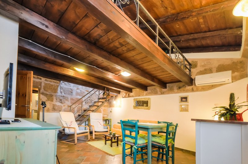 Attic on two levels, Alghero Old Town, restored,  with respect of tradition. Via Machin - Great location in Old Town one step to sea, Alghero. True feeling of Sardinia! - Alghero - rentals