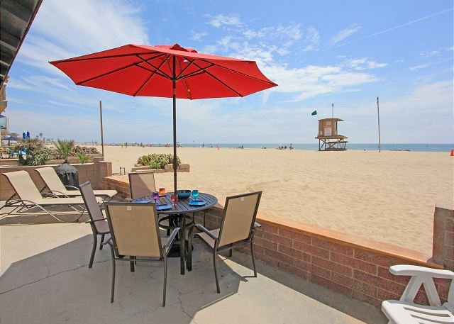 Oceanfront Escape - Patio on the Sand, 2 BBQs + Private Courtyard!  (68270) - Image 1 - Newport Beach - rentals