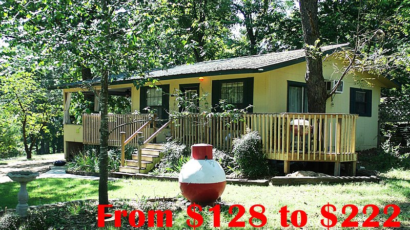 Rogers AR Cabin Rental on Beaver Lake near Marina, FLW Tour, Great Spring Break! - Image 1 - Rogers - rentals