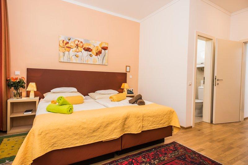 Comfortable small flat Ap6 - Image 1 - Vienna - rentals