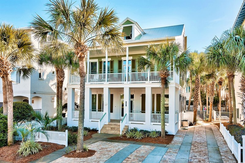 20% OFF Happy Go Lucky In March: Newly Renovated, Priv Pool, Steps to Beach! - Image 1 - Miramar Beach - rentals
