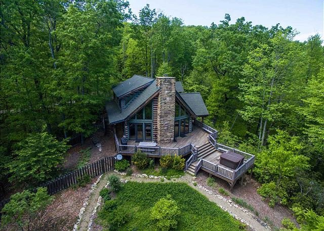 Woodhaven | Hot Tub | Fireplace | 3BR Luxurious and Secluded Mountain Retreat - Image 1 - Gerton - rentals