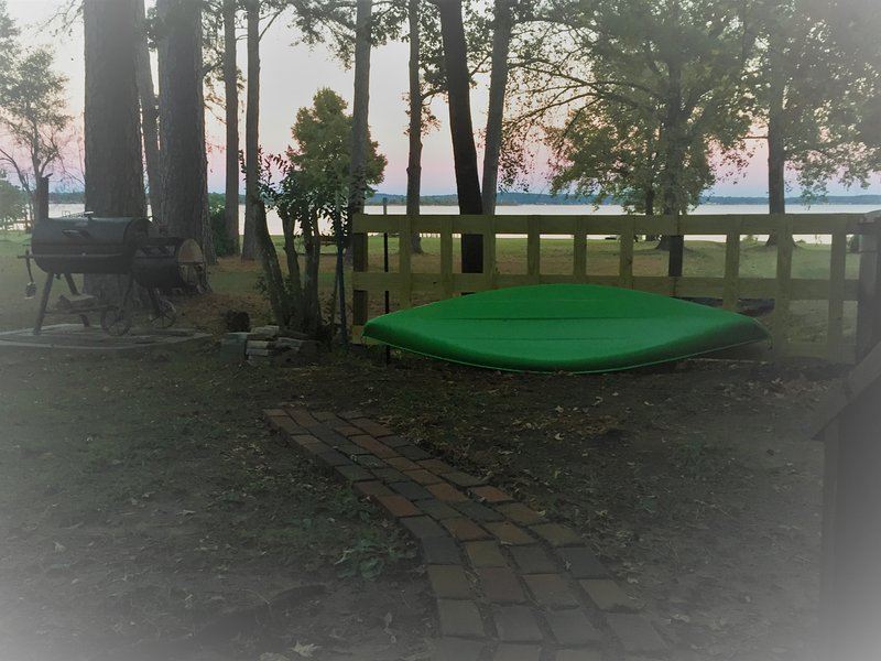 Your view from the back porch - Swimming and Fishing fun in the Sun! - Chandler - rentals