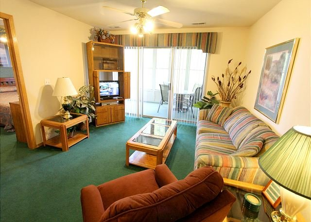 Lakeside Getaway - Lakeside Getaway : Pet Friendly-3 Bedroom, 3 Bath, Table Rock Lake Condo - Hollister - rentals