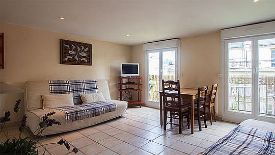 1 bedroom Apartment - Floor area 48 m2 - Paris 1° #20116719 - Image 1 - Paris - rentals