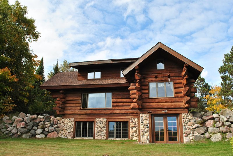 STAR LAKE RETREAT - PET FRIENDLY  LOG HOME, ON 2 PRIVATE, WOODED ACRES - Star Lake - rentals