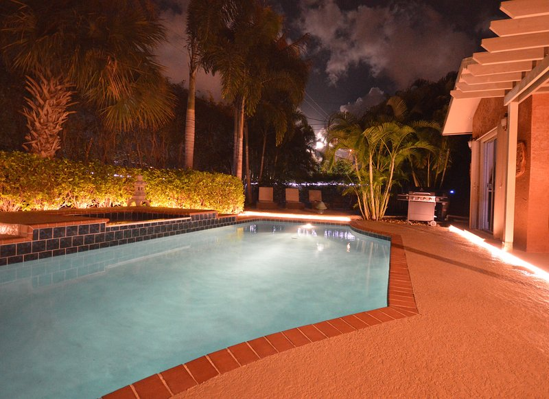 Luxury Tropical Paradise - Heated Salt Water Pool - Image 1 - West Palm Beach - rentals
