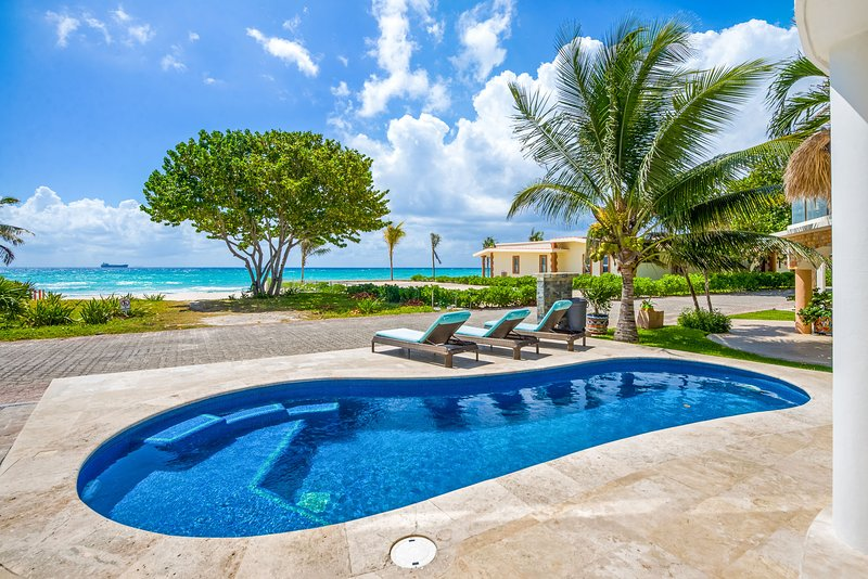 Villa Turquesa, Sleeps 8 - Image 1 - Playa del Carmen - rentals