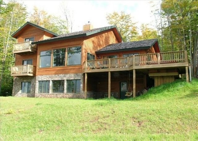 Front of House - Cedar Creek is a luxurious custom built home on the ski slopes at Timberline - Davis - rentals