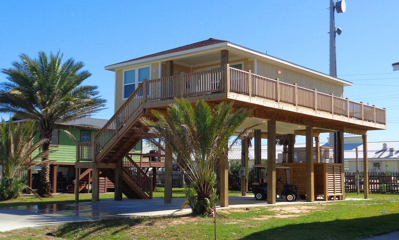 JAMAICA BREEZE- GREAT LOCATION! - Image 1 - Jamaica Beach - rentals