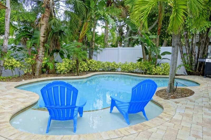 Pool 1 - FIG LEAF - Holmes Beach - rentals