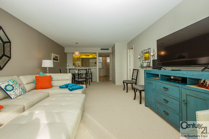 Living Area - SST3-402 - South Seas Tower - Marco Island - rentals