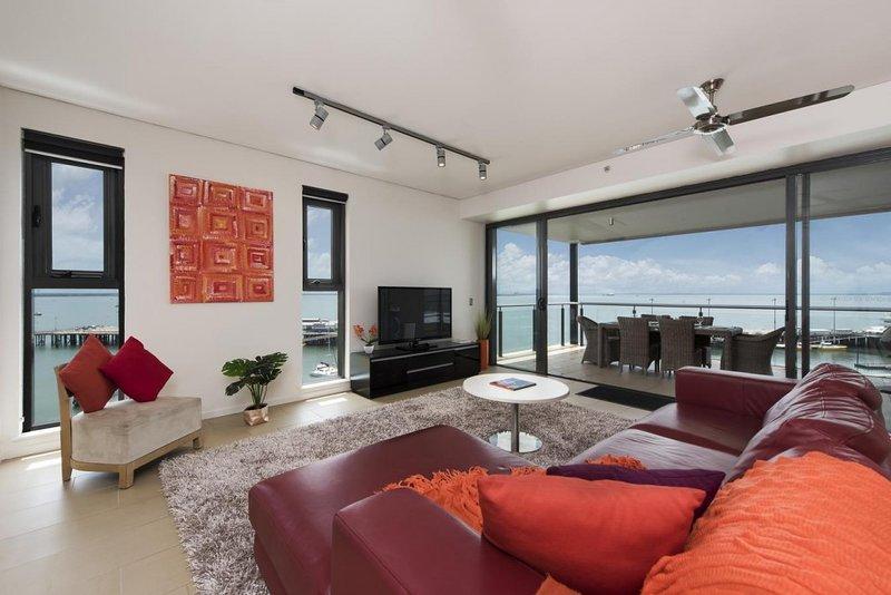 Darwin Waterfront Penthouses - 3 Bedroom Sleeps 7 - Image 1 - Darwin - rentals