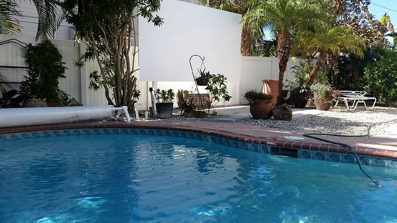 165 inch pool side theater. Across the street from the beach. - Image 1 - Fort Myers Beach - rentals
