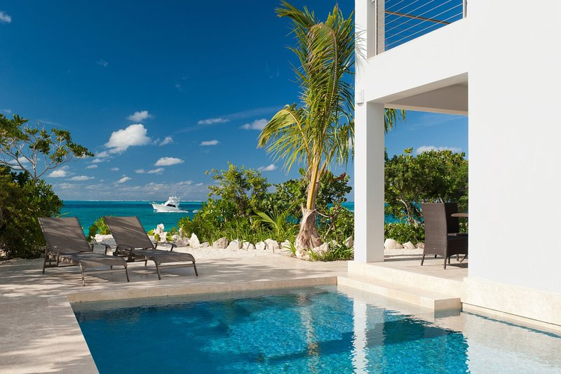 Water Edge Villa on Grace Bay Beach - Image 1 - Providenciales - rentals
