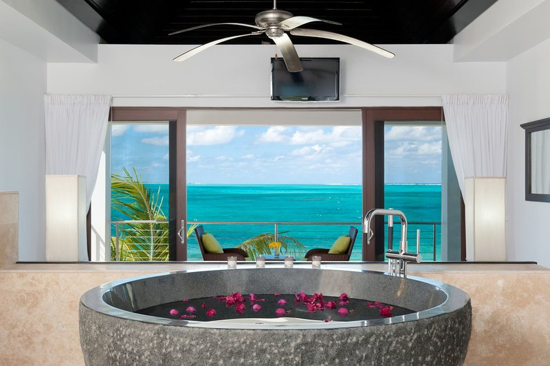 Ocean Edge Villa on Grace Bay Beach - Image 1 - Providenciales - rentals
