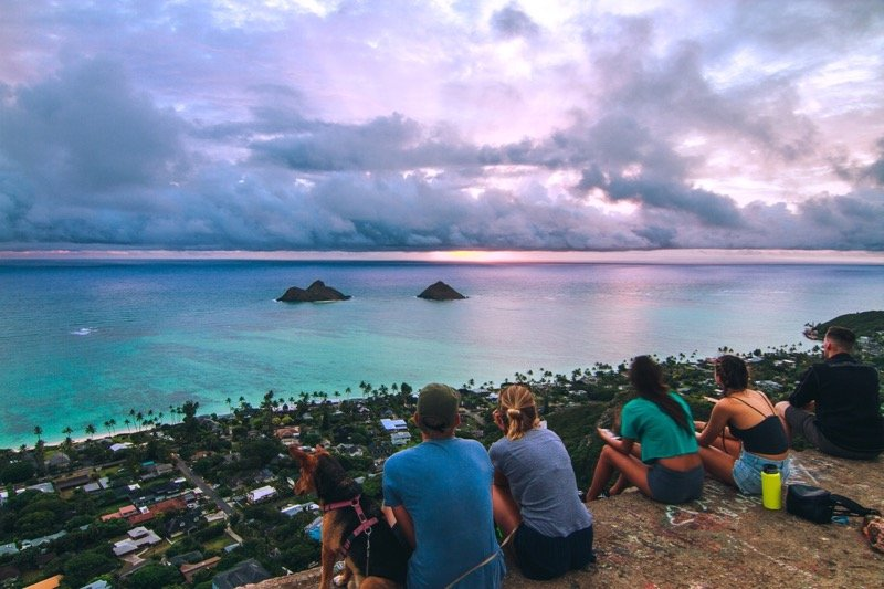 Sunrise hike to the Pillbox. 5 car minutes from Garden Studio - Private Garden Studio, Pool on property - Kailua - rentals