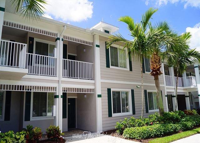 GREENLINKS - Fairway View 2 Bedroom + Den Golf Villa - Image 1 - Naples - rentals