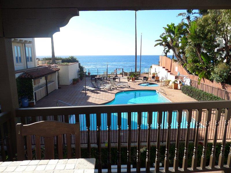 Oceanfront Condo Encinitas, 3, Direct Beach, Pool - Image 1 - Encinitas - rentals