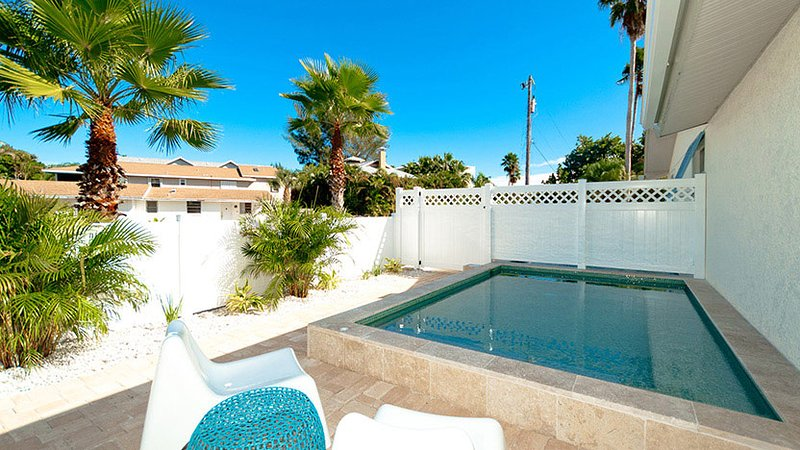 Beautiful New Pool - Anna Cabana A - Anna Maria - rentals