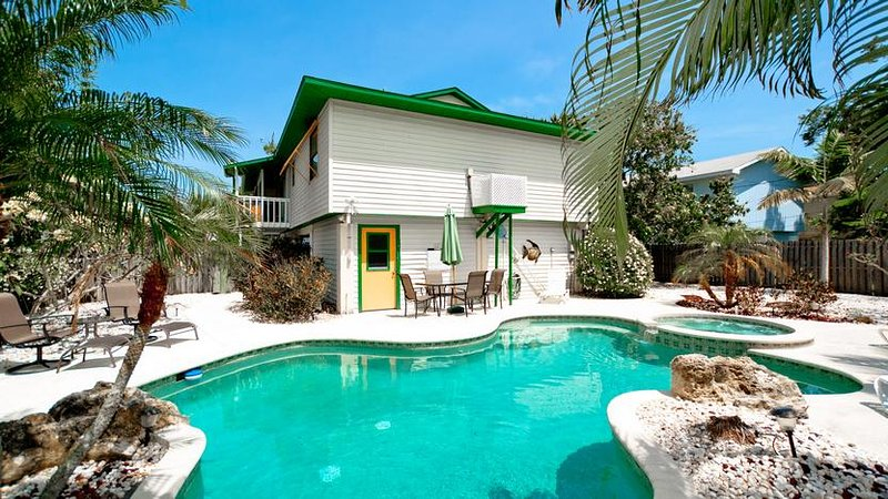 Huge Backyard for Relaxing - Mangoes on Magnolia: 3BR Classic Beach Home w/Pool - Anna Maria - rentals