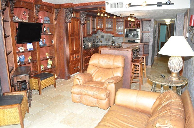 Sunglow Resort Unit 105 - Image 1 - Daytona Beach Shores - rentals