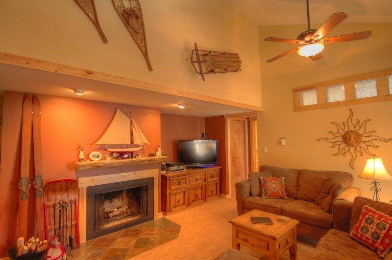 "SkyRun Property - ""1067 Wild Irishman"" - Living Room - 1067 Wild Irishman - Keystone - rentals"