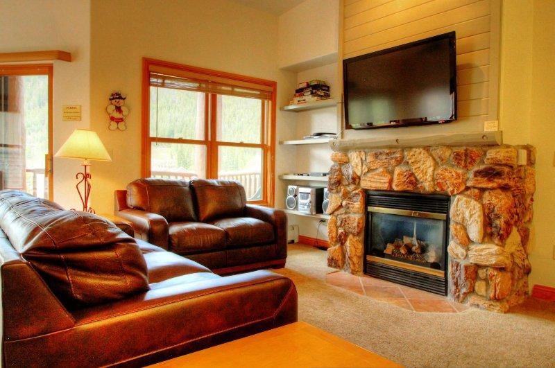 "SkyRun Property - ""5983 Hidden River Lodge"" - Living Room - 5983 Hidden River Lodge - Keystone - rentals"