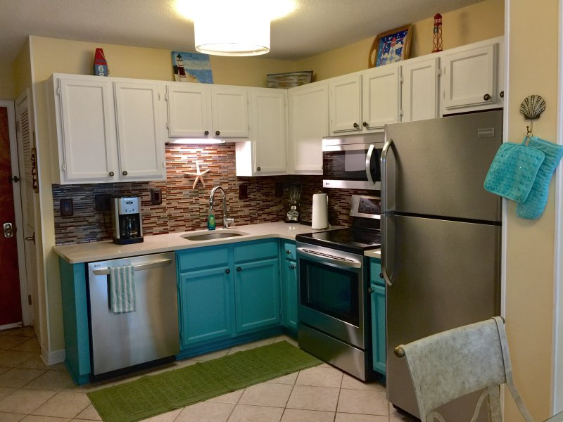 Newly remodeled & stocked kitchen with new appliances and quartz counters. - Beach Bum Hideaway! - Hilton Head - rentals