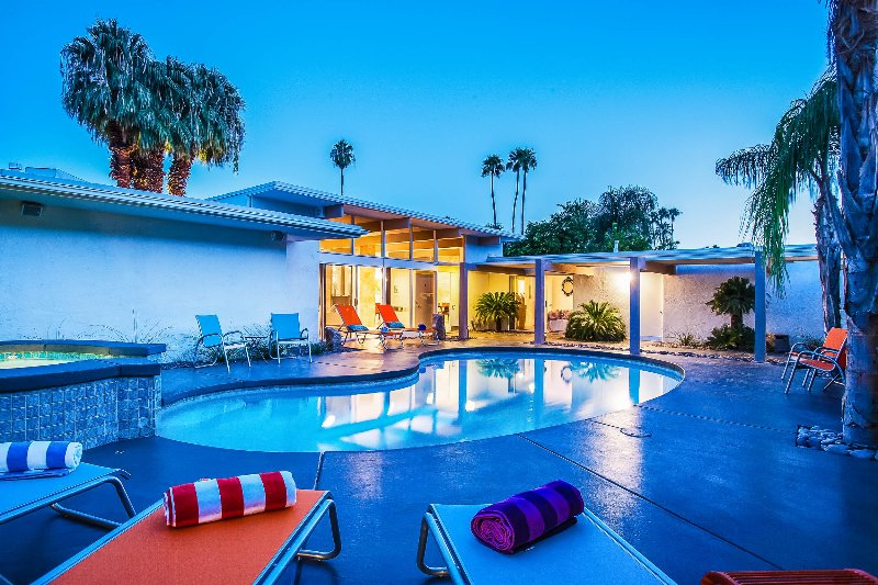 Collins Hideaway, Sleeps 8 - Image 1 - Palm Springs - rentals