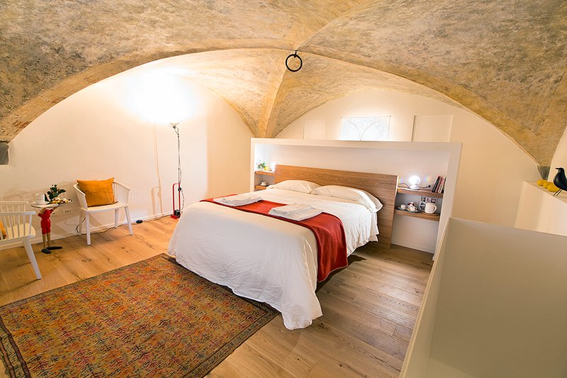 Master bedroom - FLORENCE NEW apt in Medieval Tower - Florence - rentals