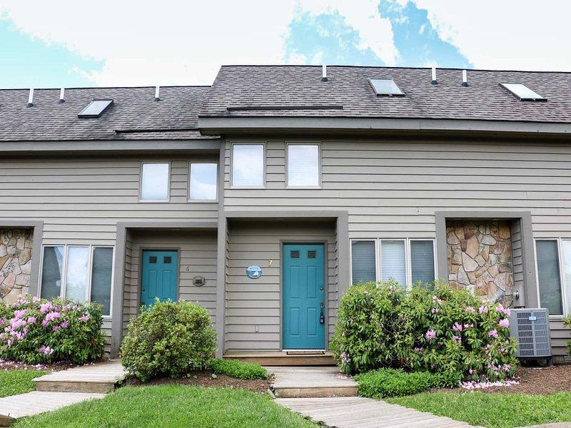 12083ext17.jpg - Deep Creek Village #07 - McHenry - rentals