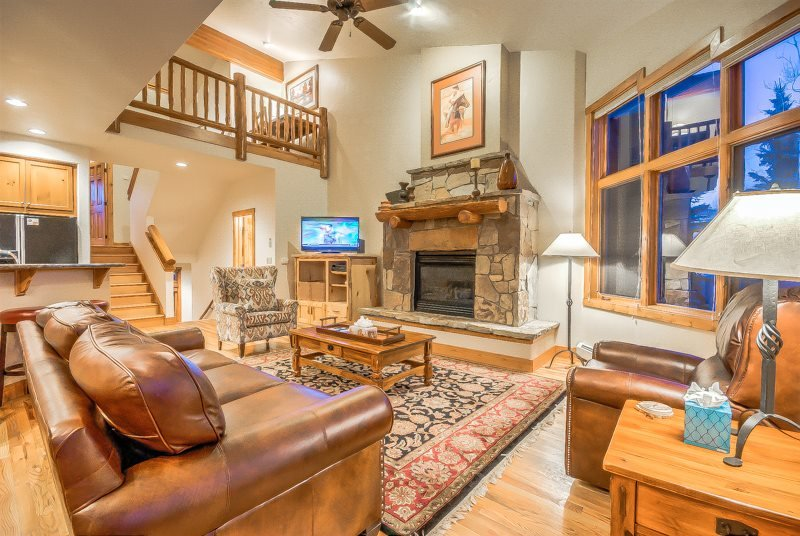Beautifully Appointed Luxury Town Home - Image 1 - Steamboat Springs - rentals