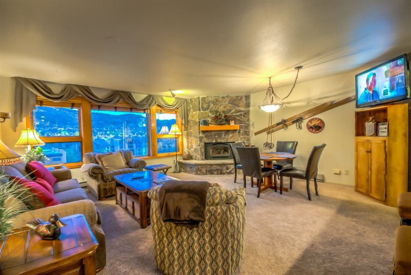 Gorgeous Condo Steps From Gondola - Image 1 - Steamboat Springs - rentals