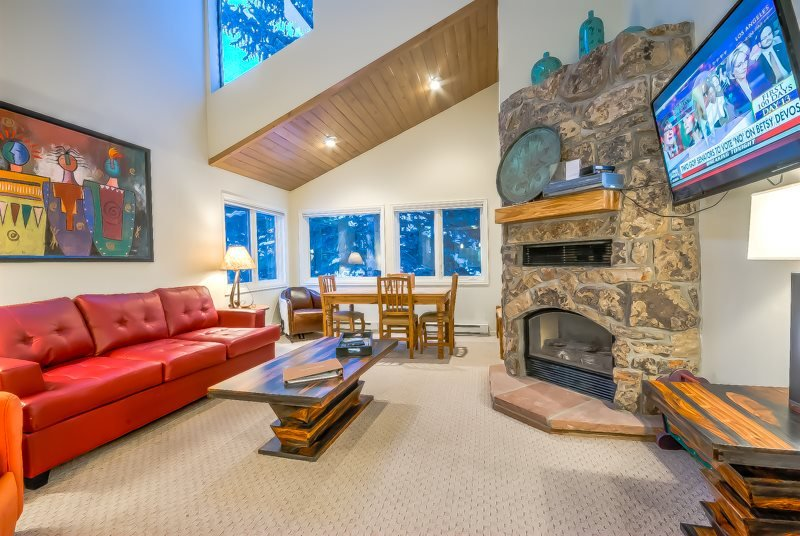 Studio Loft at Amazing Price, Next To Slopes - Image 1 - Steamboat Springs - rentals