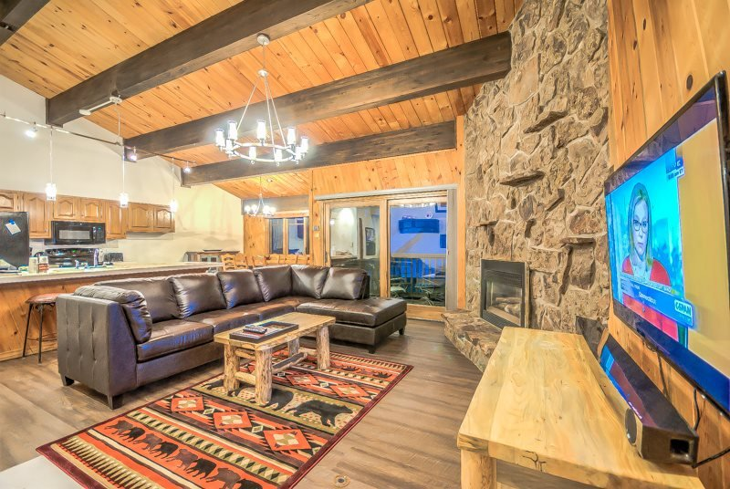 Extra Large Condo next To Gondola - Image 1 - Steamboat Springs - rentals