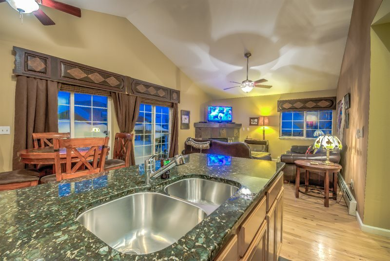 Beautifully Remodeled, Close to the Slopes! - Image 1 - Steamboat Springs - rentals