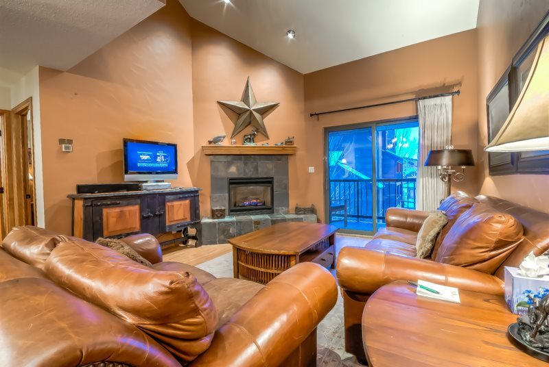 Completely Remodeled Top Floor Beauty - Image 1 - Steamboat Springs - rentals