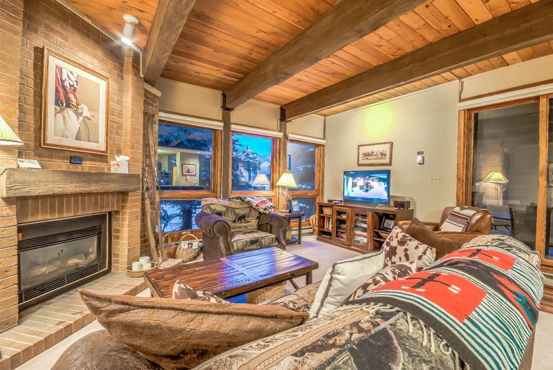 Beauty Next To Gondola - Steamboat Lodging at Its Best - Image 1 - Steamboat Springs - rentals