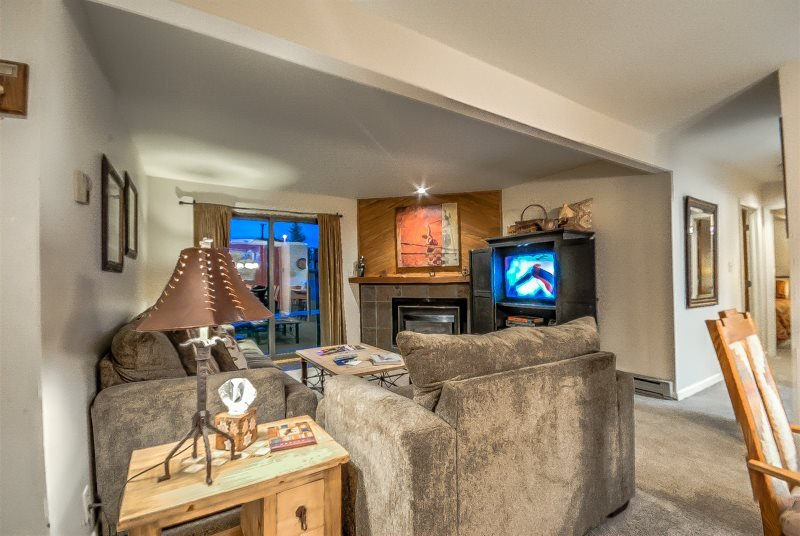 Great Location, Perfect Mountain Condo - Image 1 - Steamboat Springs - rentals